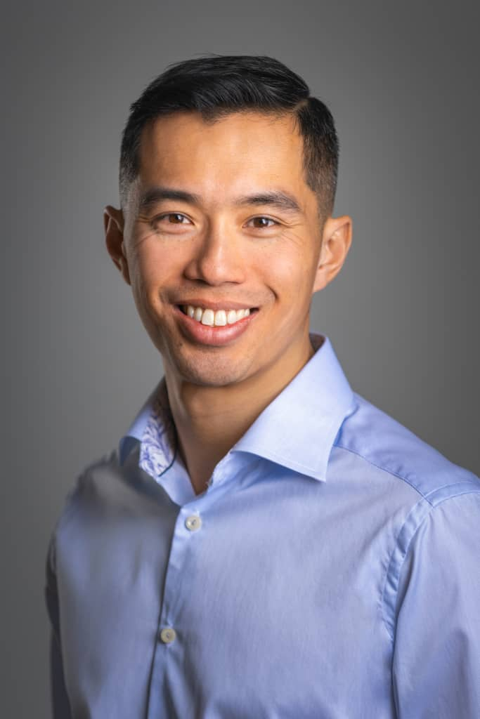 mnual osteopathic practitioner kevn lau from kitchener
